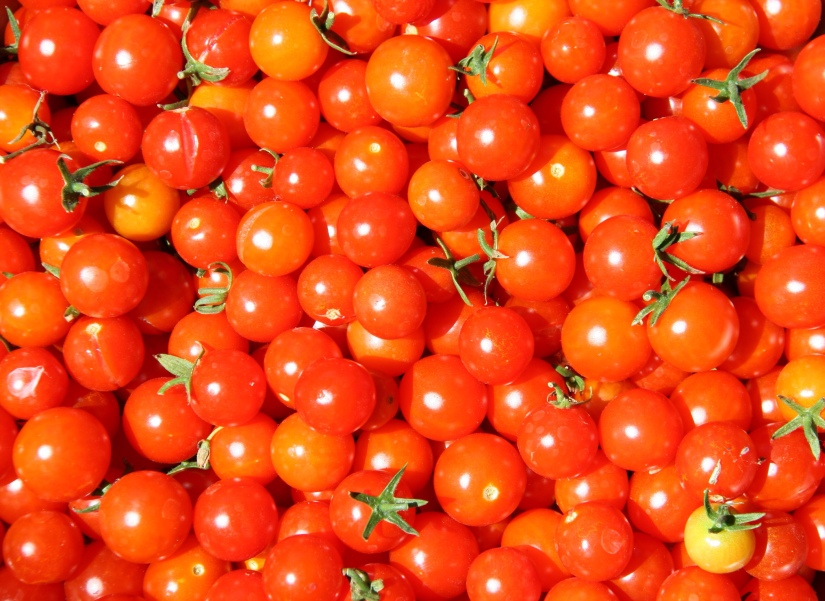 My New Way To Prep Cherry Tomatoes Will Bowl YouOver!